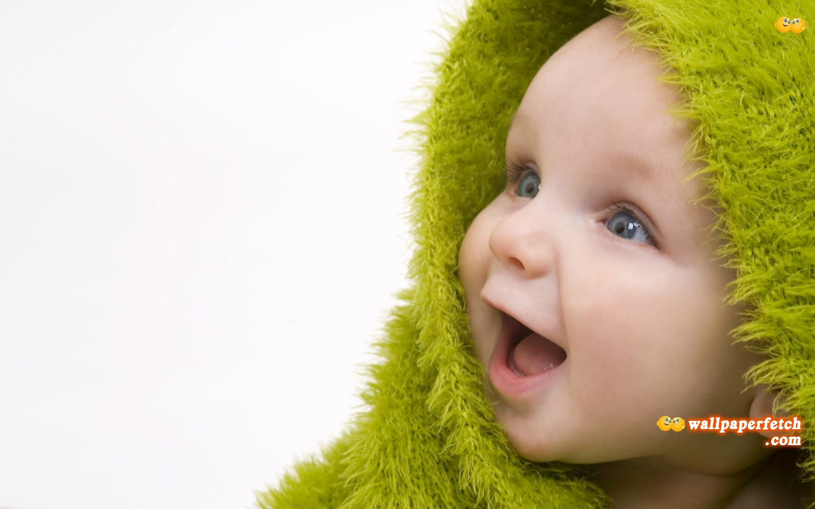 http://1.bp.blogspot.com/-yQ_yf_1M-bE/UAOvwNbnhPI/AAAAAAAAFyc/DYTSMijzSas/s1600/Cute-Baby-Wallpaper.jpg