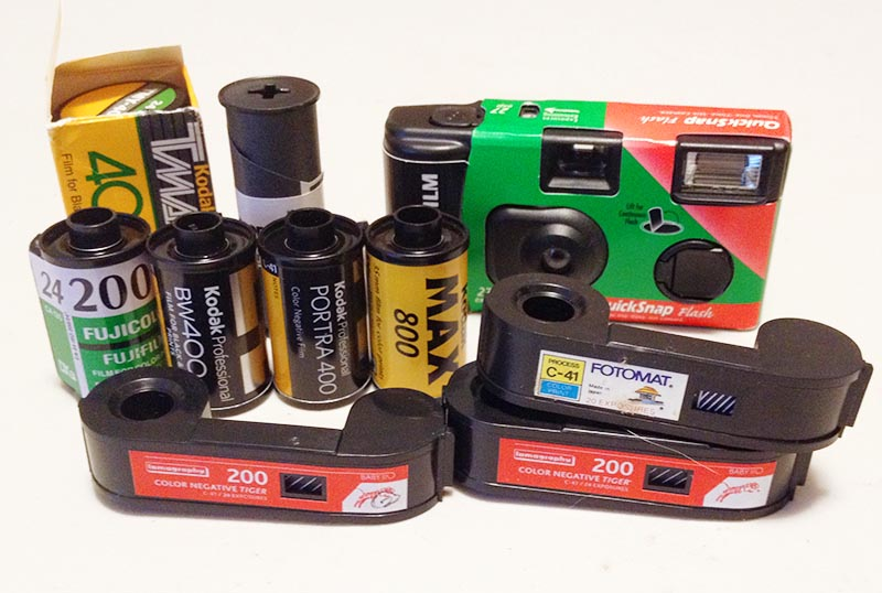 We develop all kinds of disposable cameras