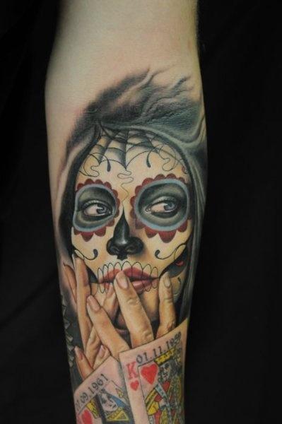 tatuaje de Catrina es sin duda destacar u sensualidad y esa mirada lánguida y llena de profundidad, os damos otras ideas para añadir a esta colección.