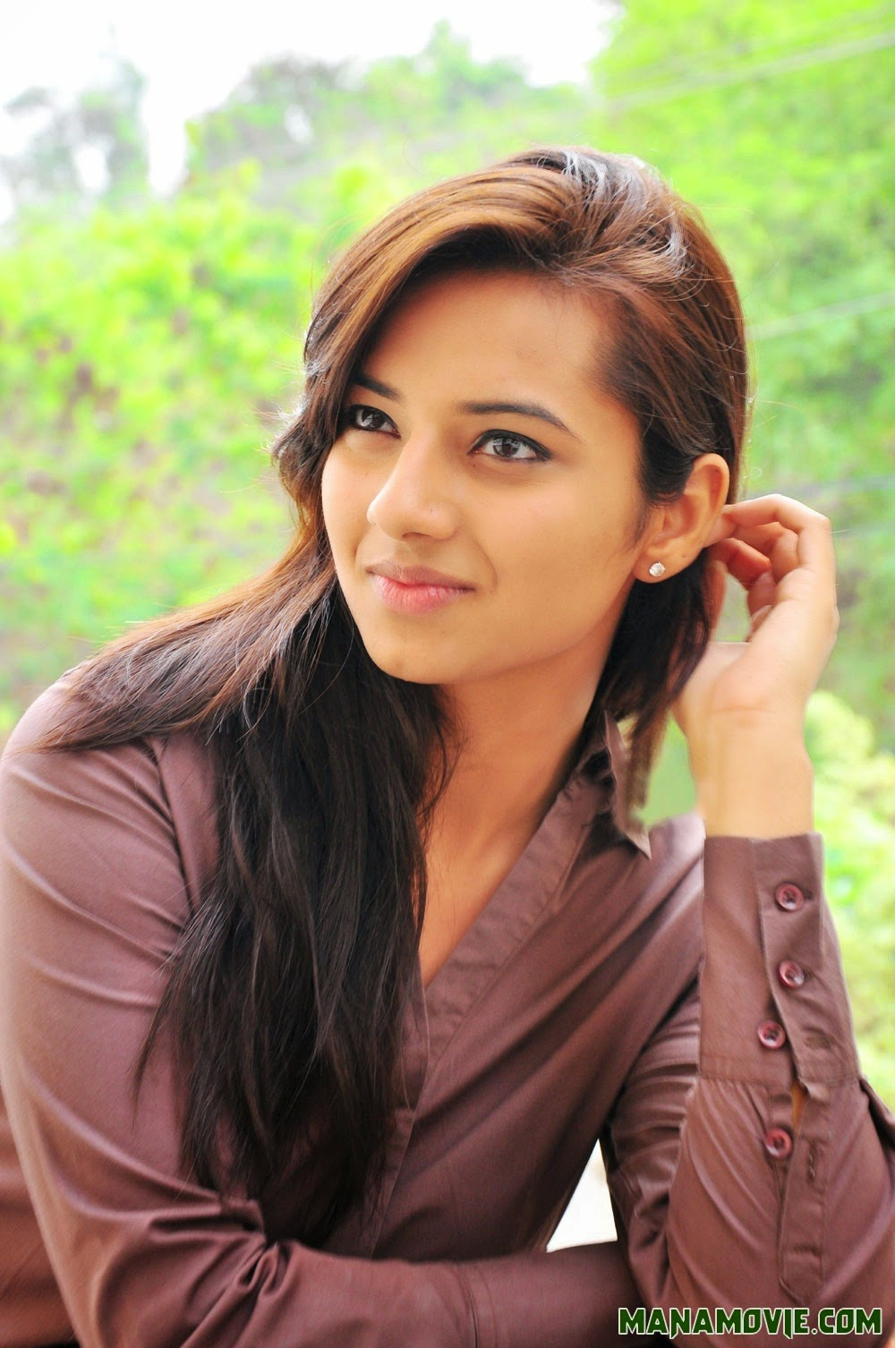 Isha Chawla Bollywood Actress HD Unseen Photos