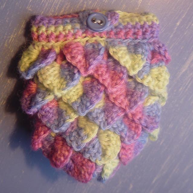 Free Crochet Pattern Crocodile Stitch Bag : Flushed with Rosy Colour: Small Crocodile Stitch Purse