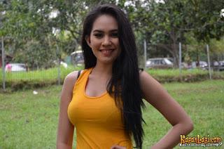 Foto seksi Kartika Putri Terbaru 2013 [HOT]
