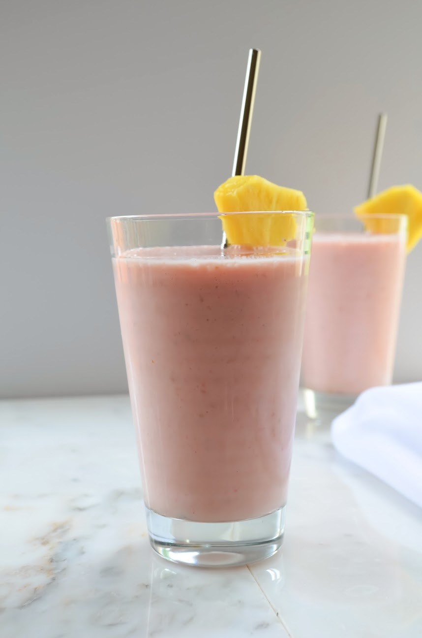 Pineapple-Strawberry-Raspberries-Smoothies.jpg