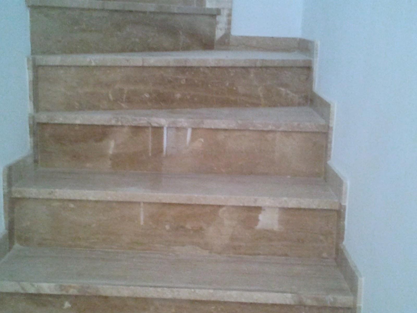 M rmoles granitos compactos y piedra artificial jose for Escaleras de marmol y granito