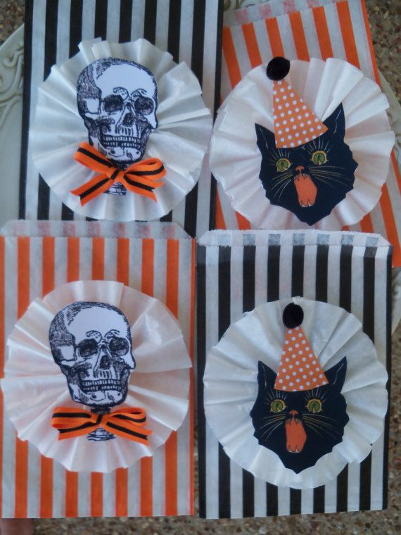 Vintage halloween collector halloween party favor loot for Halloween party favor ideas
