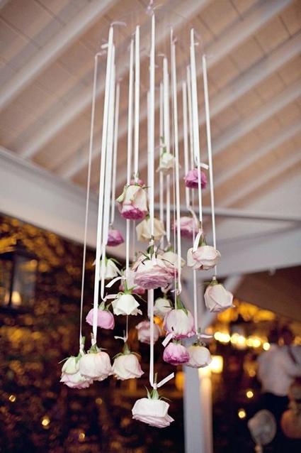 hängande rosor, hänga rosor bröllop fest, haning flowers roses, haning flowers roses wedding party venue