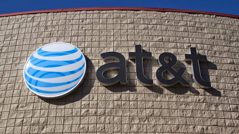 AT&T anuncia compra de DirecTV por 49 mil millones de dólares