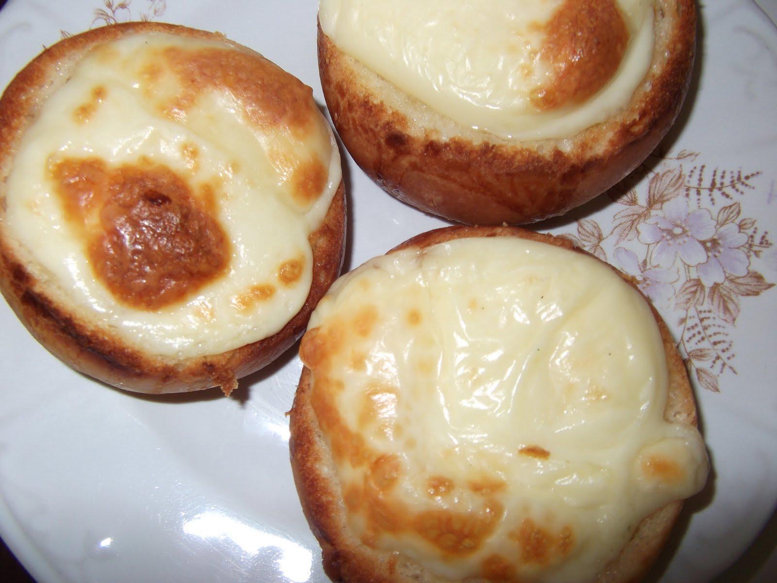 Lor Peynirli ve Salamlı Kokot Tarifi – Meze Tarifleri
