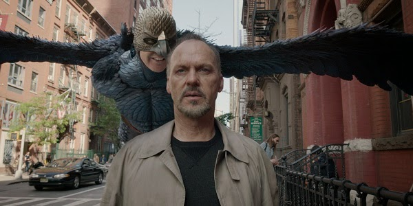 Michael Keaton em BIRDMAN OU (A INESPERADA VIRTUDE DA IGNORÂNCIA) (Birdman or (The Unexpected Virtue of Ignorance))