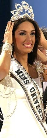 MISS UNIVERSO 2004 ES DOMINICANA