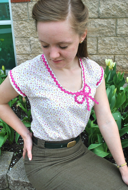 Flashback Summer:  1944 Perfect Summer Shirt (Simplicity 1093)