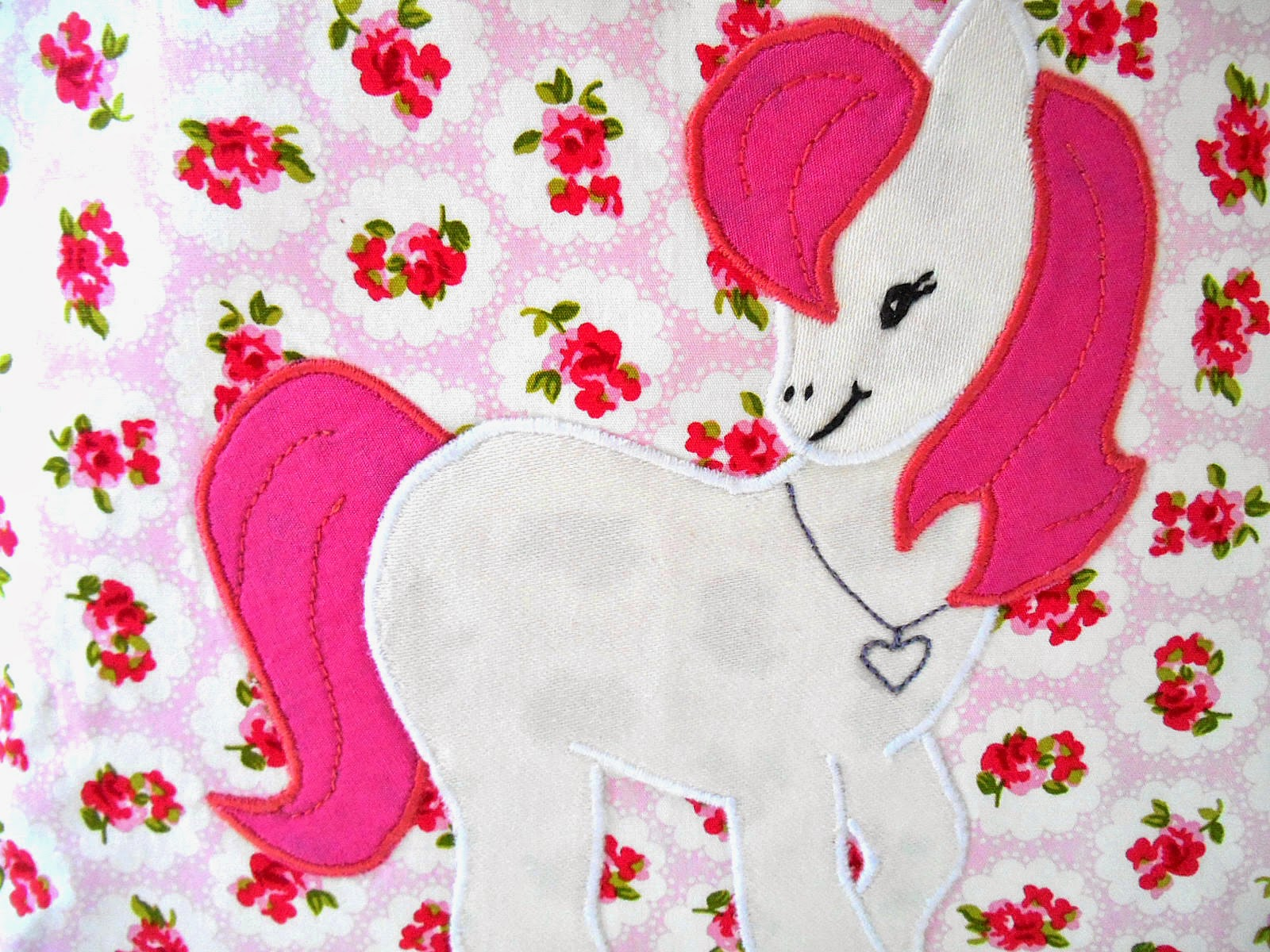 sweet pony diaper caddy applique close up
