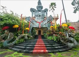 16 Tempat Wisata Yang Paling Menarik  Di Bali - Museun Antonio Blanco