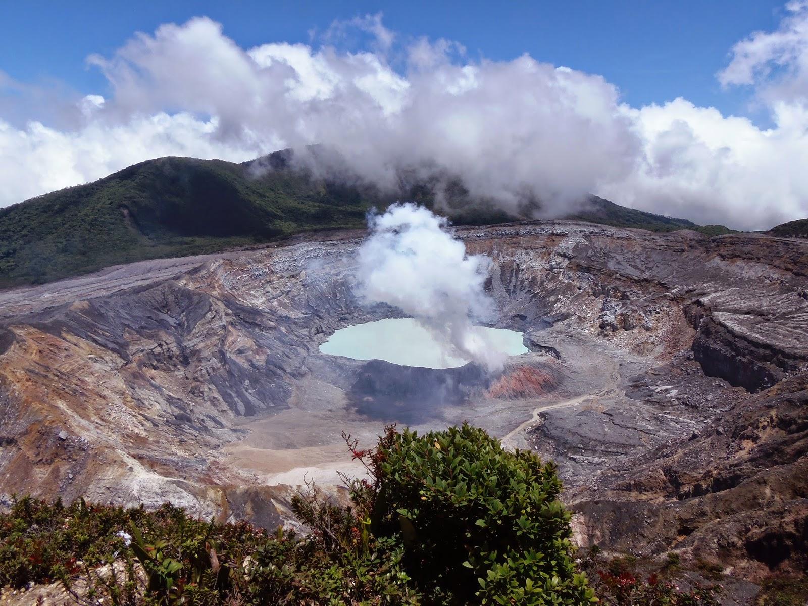 Poas Costa Rica volcanoes