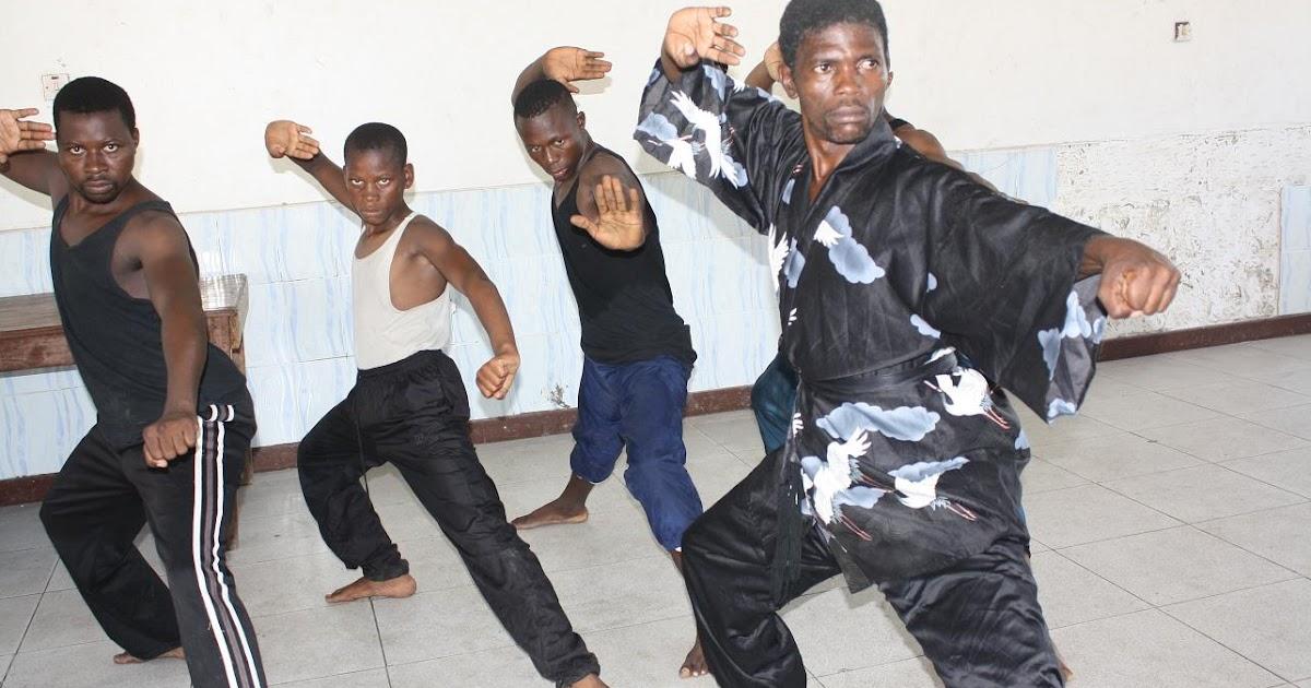 superd boxing coach mchezo wa taichi kung fu waendelea kuhamasishwa. Black Bedroom Furniture Sets. Home Design Ideas