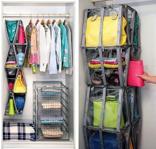 Organização de bolsas em cabide