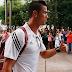 شاهد ردة فعل كريستيانو رونالدو عندما تعرض للشتائم من طرف احد مشجعي اتليتيكو مدريد