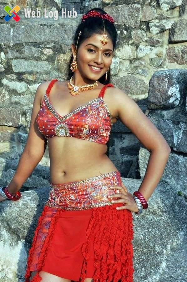 South Indian Actress Anjali showing Sexy Navel and Armpit in a Tamil Movie - Web Log Hub