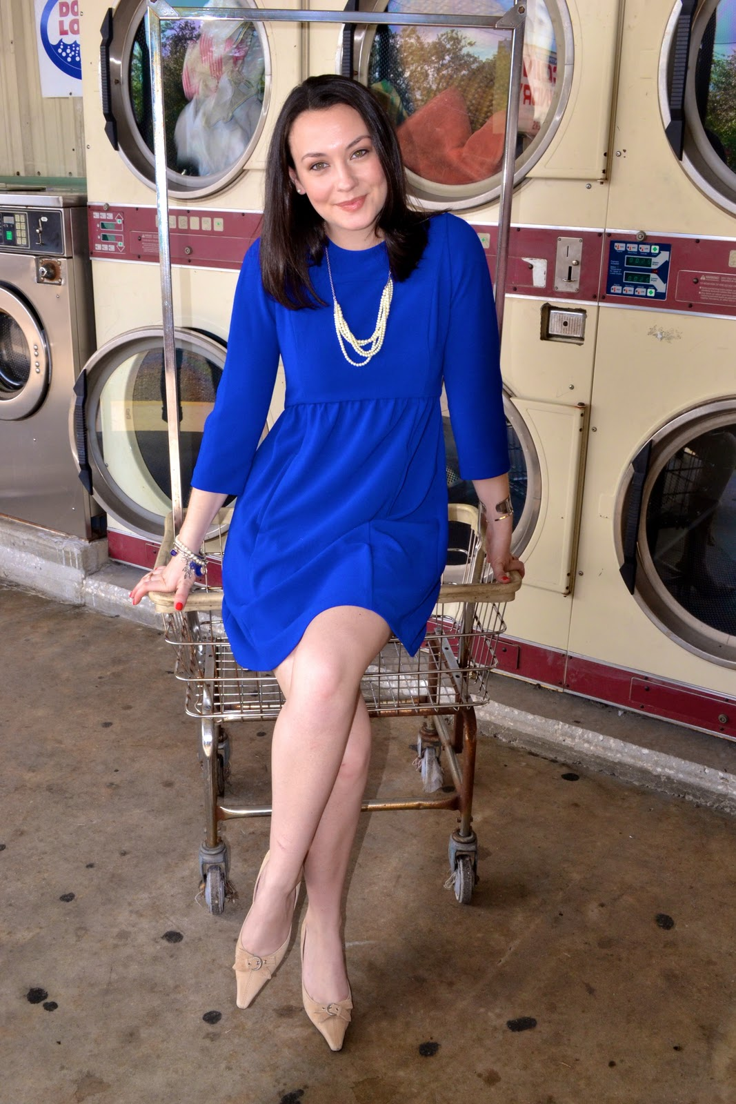 What color shoes wear with royal blue dress