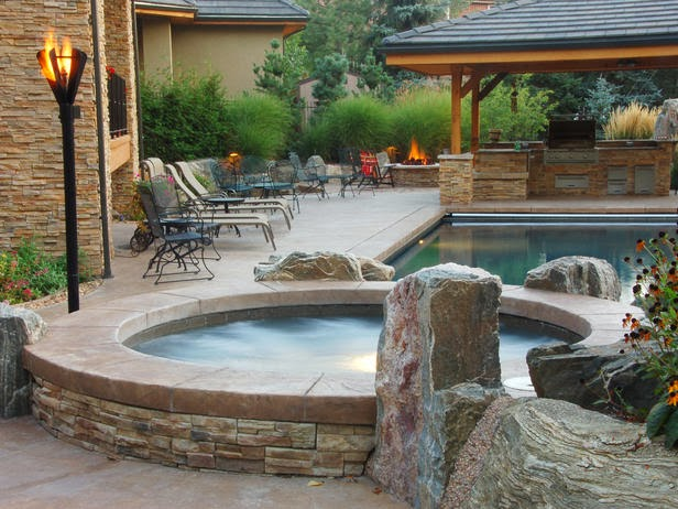 We Have Found That Size Is Less Important. The Trends Lean Toward  Moderately Sized Pools With More Sizzle. No Longer Is The 800 Square Foot  Pool The Norm.