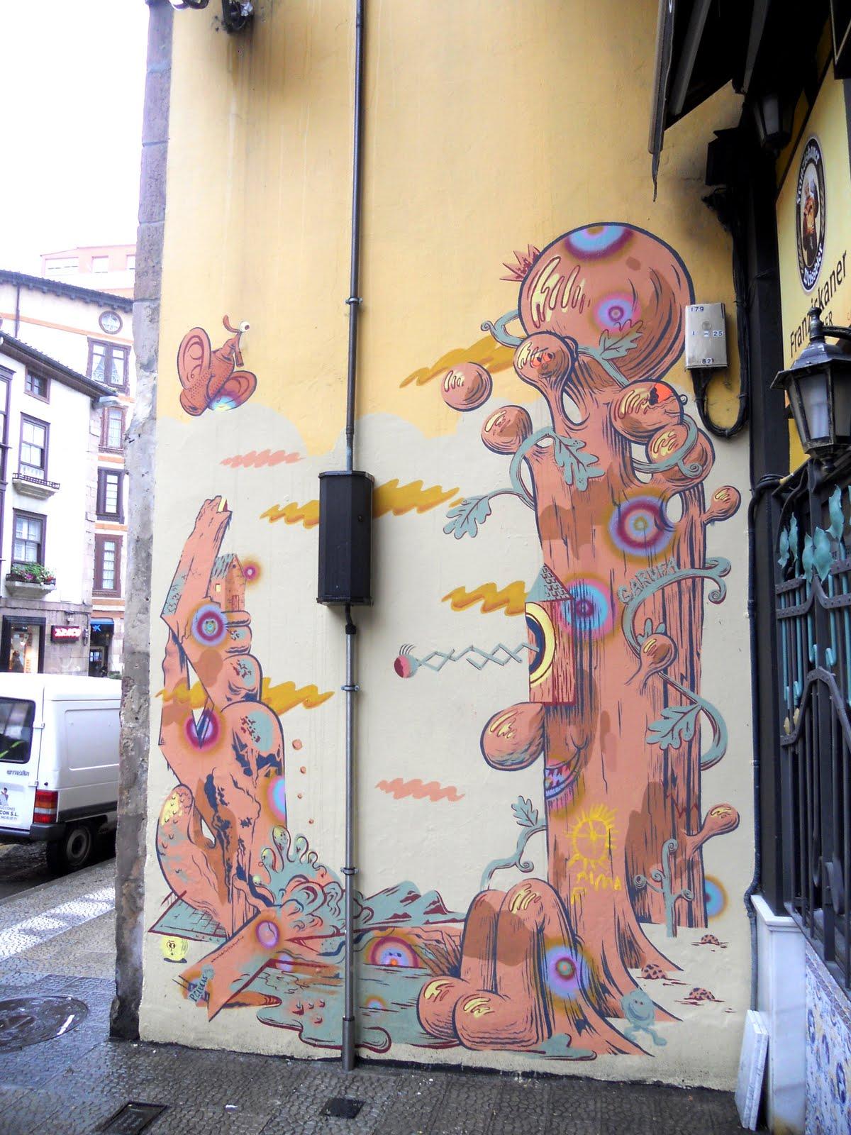 Pelucas works garufa tavern for Mural work using m seal