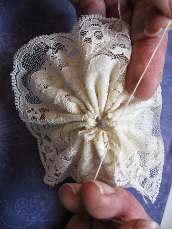 Scrappinrabbit How To Make Flowers Out Of Lace And Ribbon