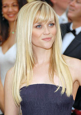 Reese Witherspoon long straight blonde hairstyles