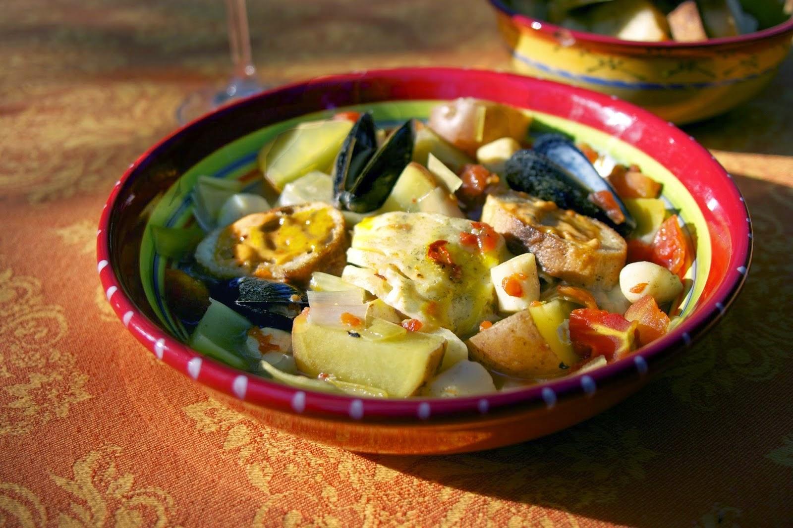 Slow Cooker Bouillabaisse: simplelivingeating.com