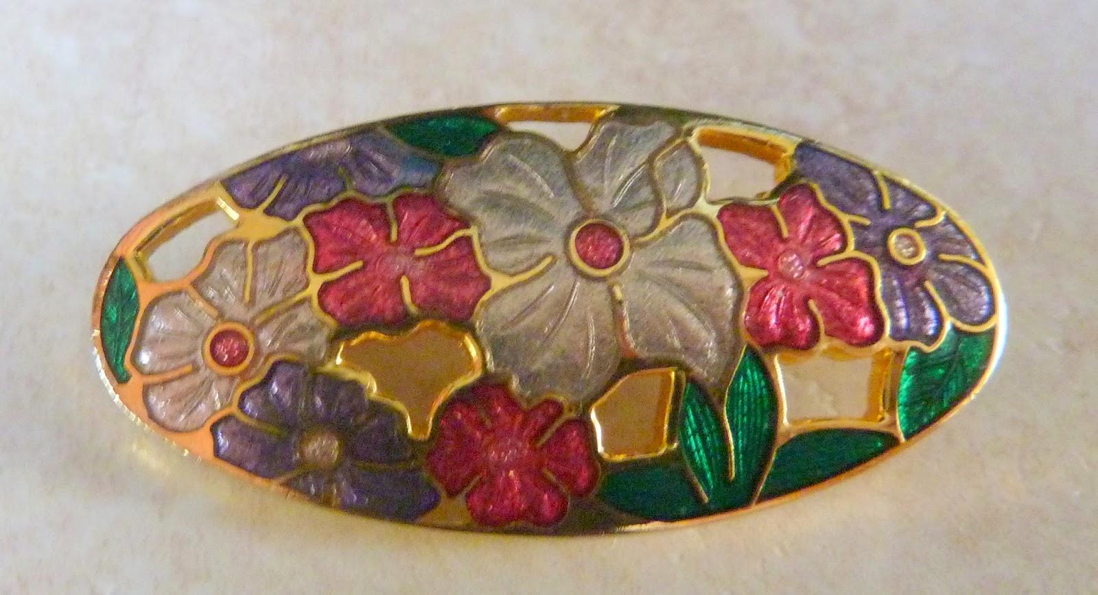 http://www.kcavintagegems.uk/floral-oval-cloisonne-enamel-brooch-416-p.asp