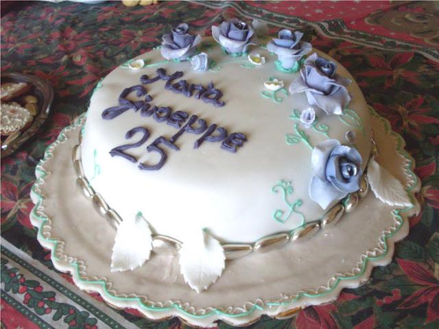 La casa sull 39 albero torta anniversario di nozze ben 25 for 25esimo anniversario