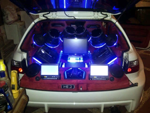 Modifikasi Audio Honda Civic Estilo