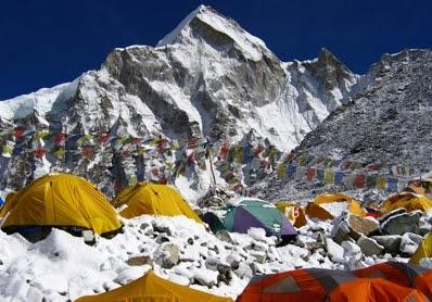 Gunung Everest.jpg