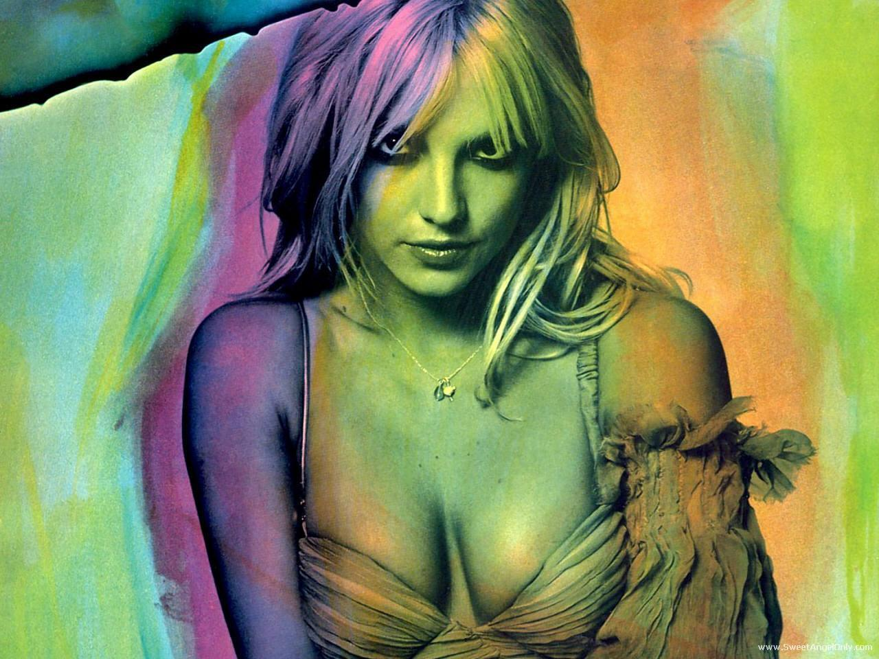 http://1.bp.blogspot.com/-yV7CdonmMBQ/TtjSVgzQwQI/AAAAAAAABpk/GCEz4slADSk/s1600/britney_spears_pop_singer_photo_shoot_wallpaper-1600x1200-13.jpg