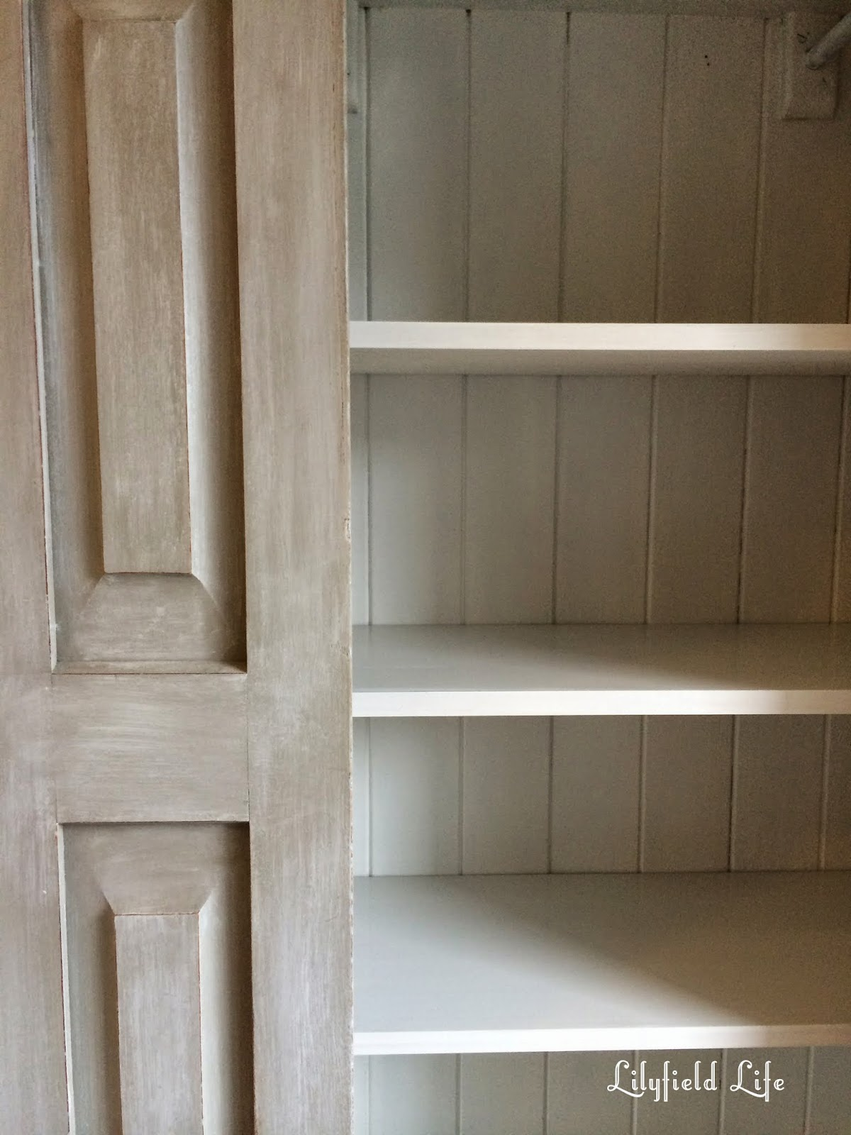 Getting a Restoration Hardware look paint effect with ASCP by Lilyfield Life