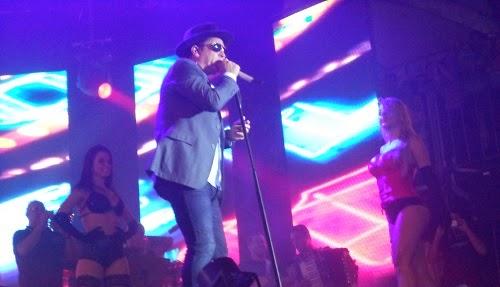 SHOW DE LEONARDO EM  Maniri/PE 19 01 2014