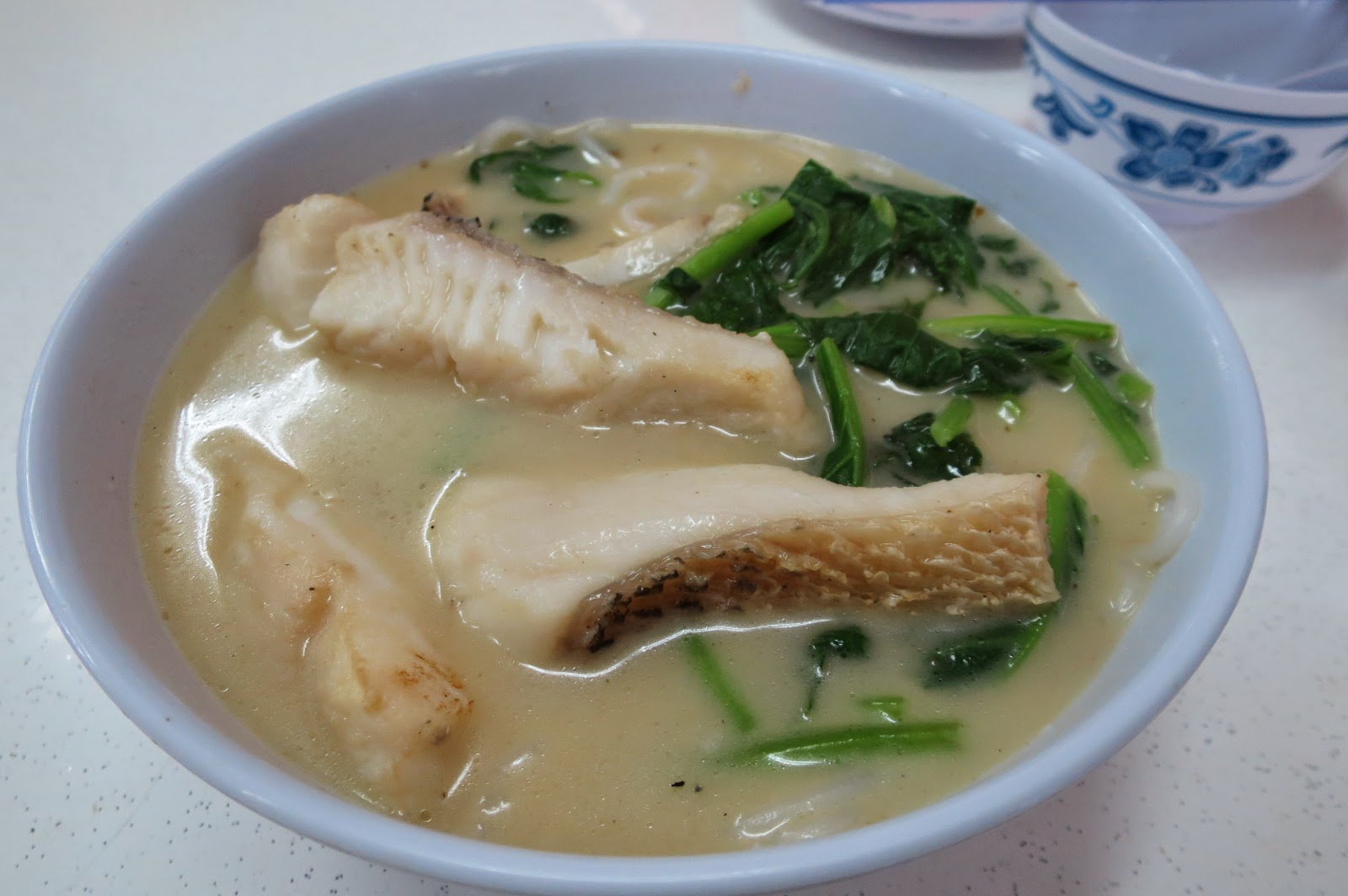 what the Cantonese call yu gai mai fun, the X.O. broth is pretty good