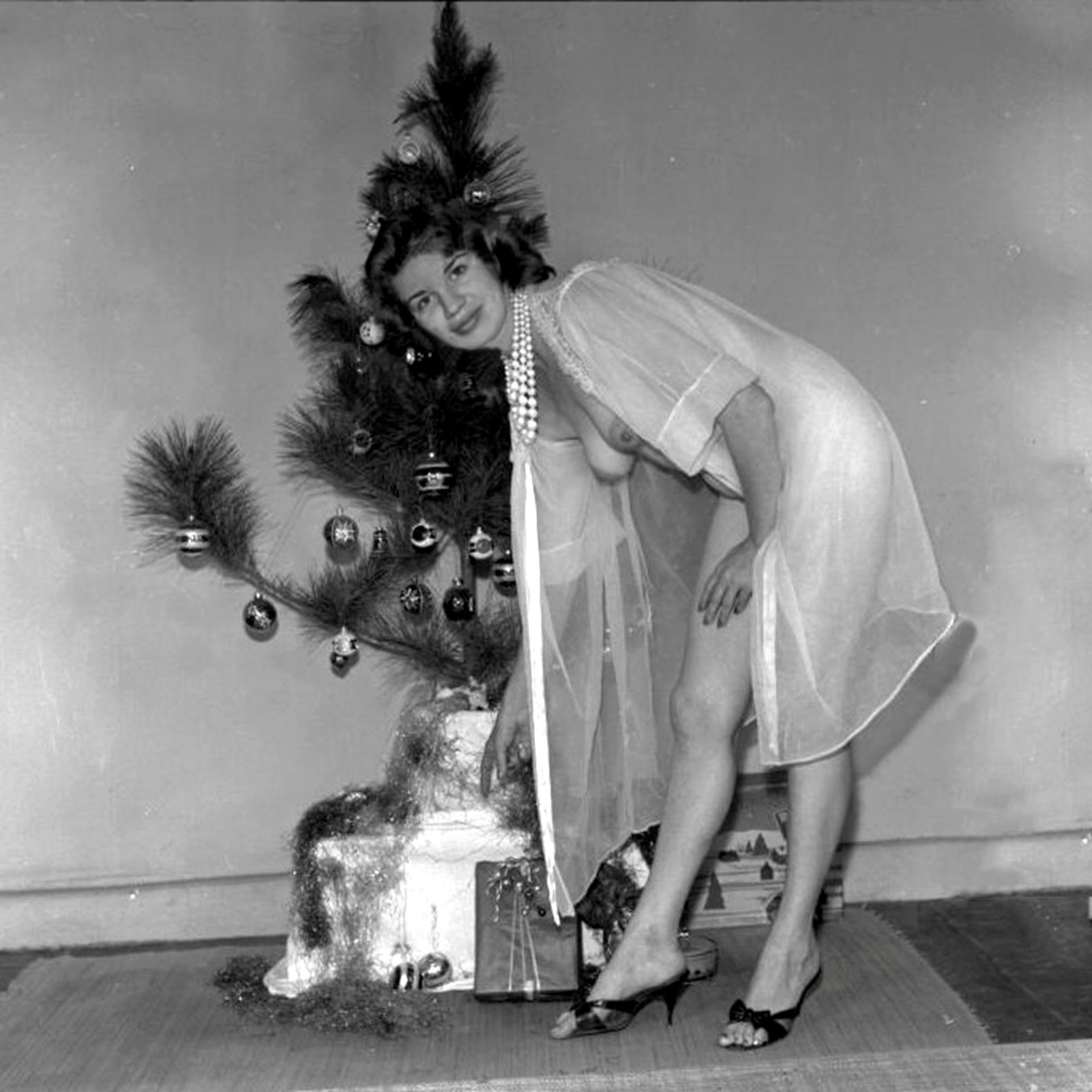 With Vintage nude christmas girls