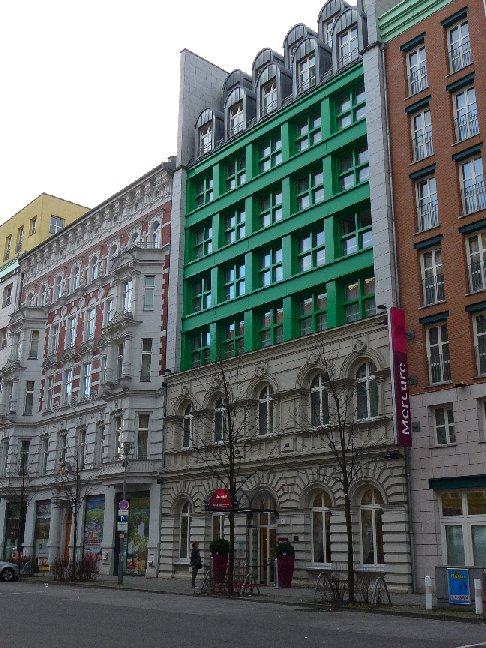 Germania berlino mercure berlin checkpoint charlie for Hotels all over the world