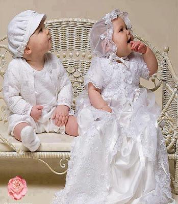 Photo d'un couple bébé amoureux
