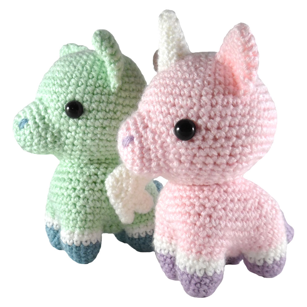 Amigurumi Unicorn Anleitung : i crochet things: Pattern: Unicorn and Pegasus Amigurumi