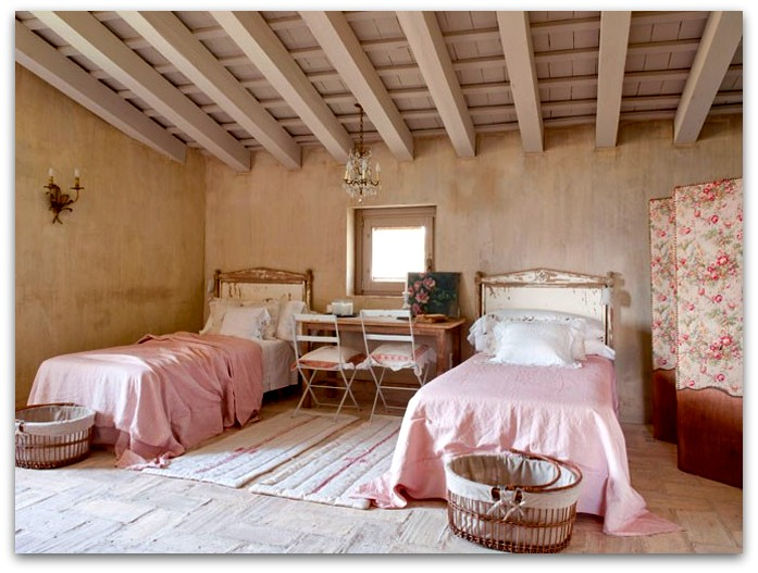 Art symphony french country house interior - Deco chambre campagne chic ...