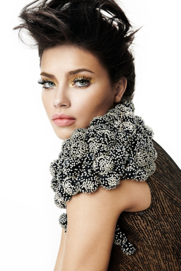 adrianna lima makeup. Makeup Crush: Adriana Lima
