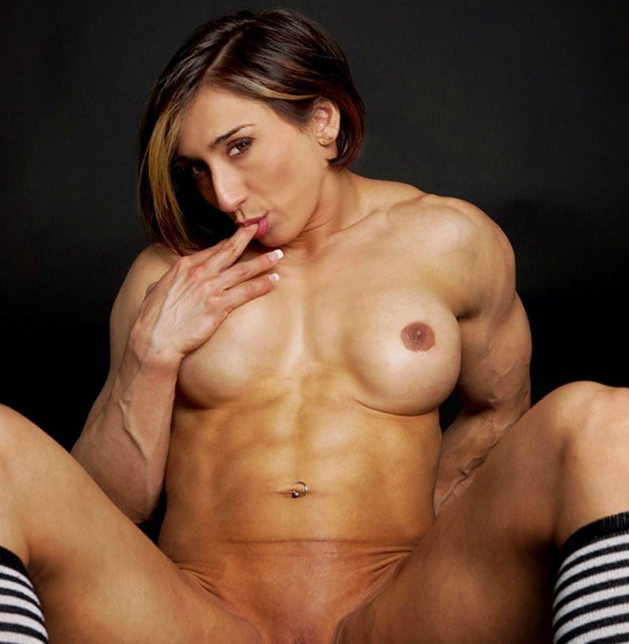 Karyn Bayres con : Reino del porno
