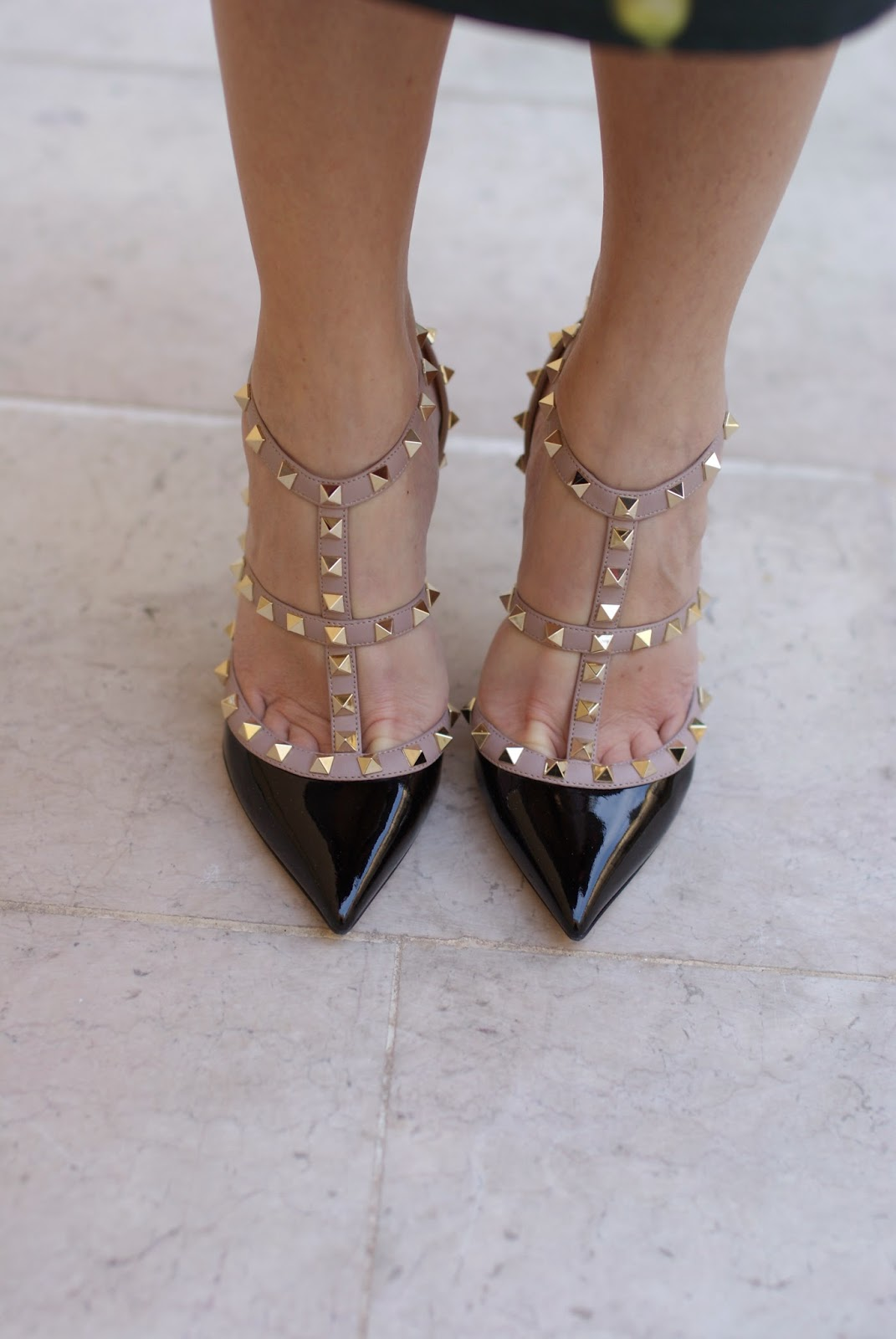 Valentino Rockstud pumps, black patent Valentino heels, Fashion and Cookies, fashion blogger