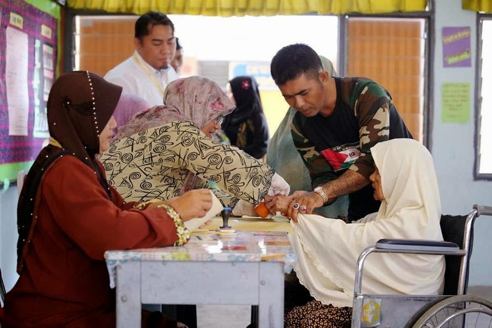 PRKPengkalanKubor 60 Peratus Keluar Mengundi Setakat Jam 1 Petang