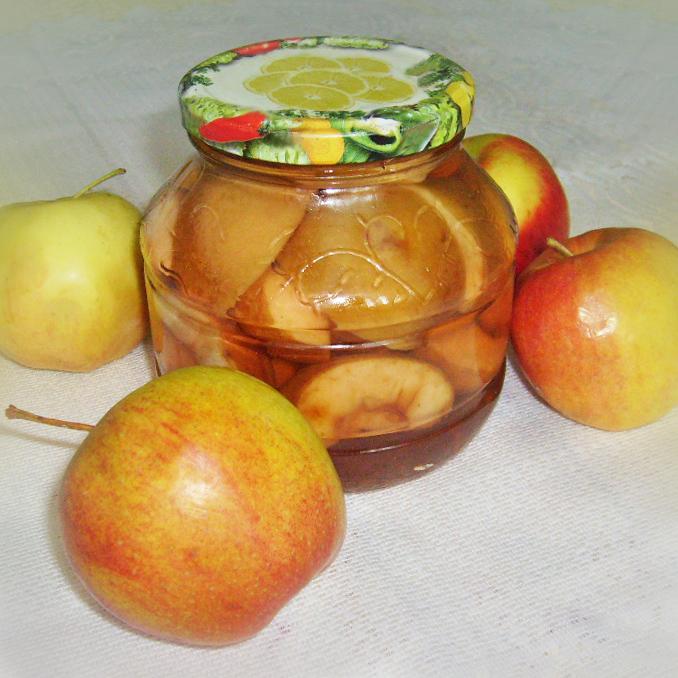 Яблочный компот ускоренным способом