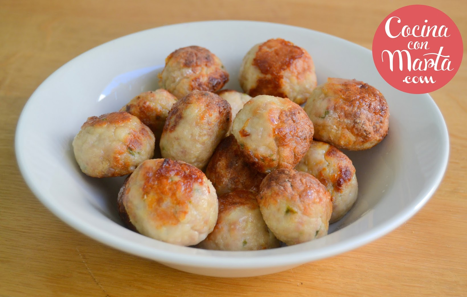 Receta básica, casera, de albóndigas de carne picada, rápida, fácil, cocina con marta