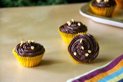 Minicupcakes de vainilla amb xips de xocolata
