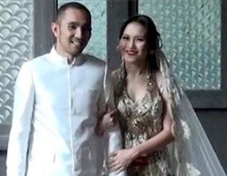 Foto pernikahan Ayu Ting Ting