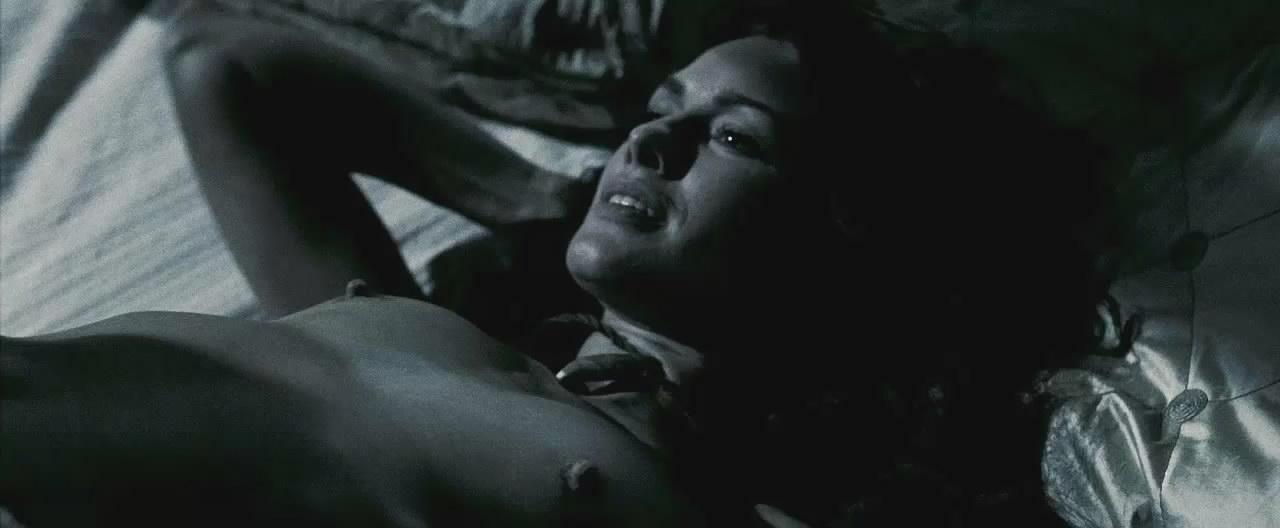 Namitonz: Terminator series and 300's Lena Headey hot pics ...